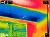 Thermal image showing missing insulation in extension roof.